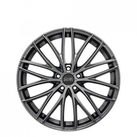 Italia 150 - Grigio Corsa Wheels