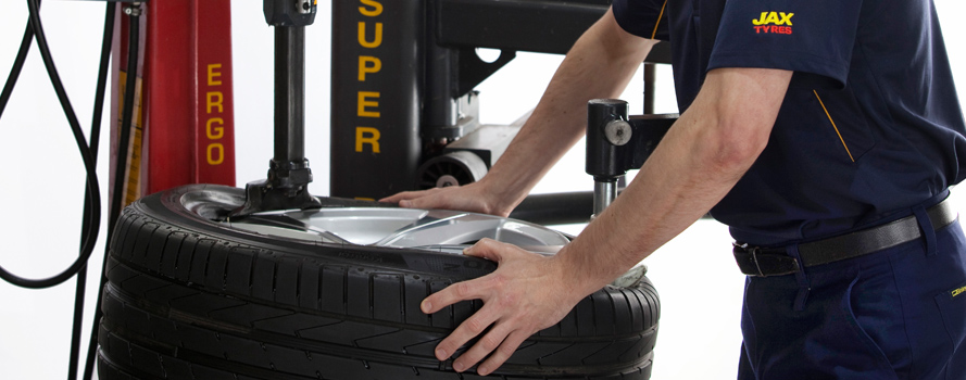 Replacing Worn Tyres - JAX Tyres